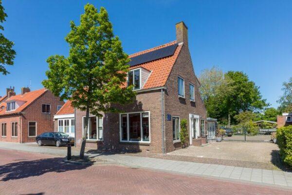 Dorpsstraat 14